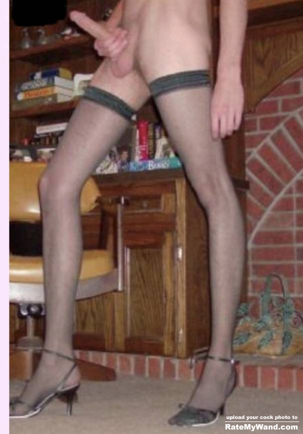 U like my long legs and hard cock??? Message me! - Rate My Wand