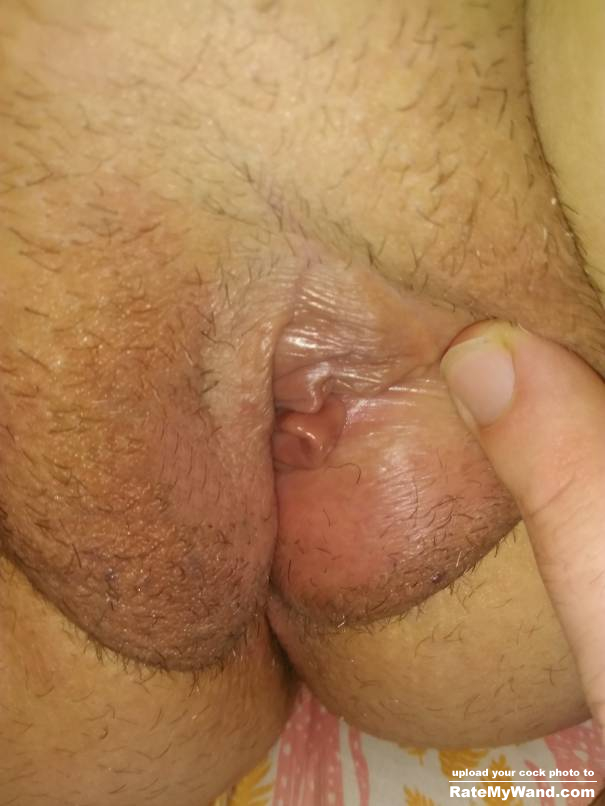 Lips little pussy Lopsided Vagina: